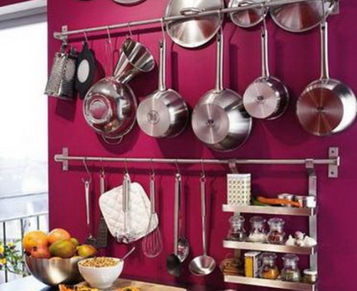 Hanging-Kitchen-Utensils-on-Wall