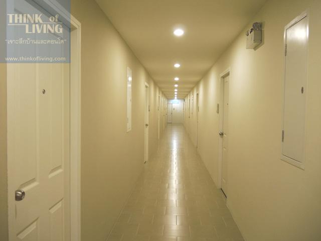 8 condo u y2nd floor walkway3