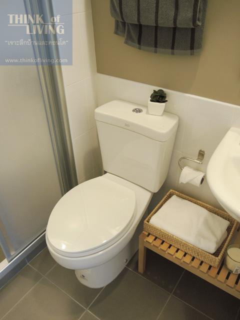 9 condo u 20bathroom4