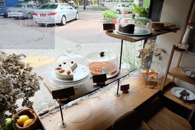 prompong-thonglor 78